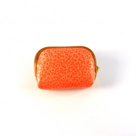 2669-woman-monedero-coral
