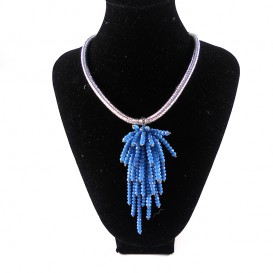 collar-brillo-azul